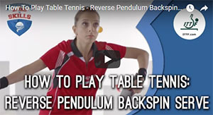 Apprendre à servir rentrant au tennis de table